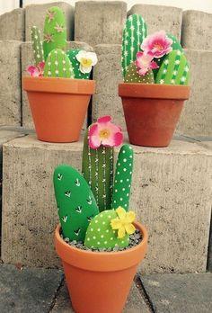 Fascinating DIY tips for creating garden art decor that you dream of . , Fascinating DIY tips for creating garden art decor that you dream of - Healthy Skin Care Fascinating DIY tips for creating garden ar. Decoration Cactus, Cactus Craft, Cactus Cactus, Indoor Cactus, Balcony Decoration, Cactus Centerpiece, Cactus Gifts, Garden Decorations, Cactus Flower
