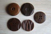 Les 1000 boutons de l'Atelier: B & G*
