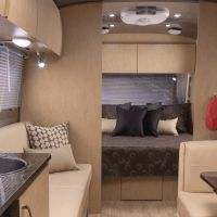 2014 Airstream Flying Cloud 30FB Bunk Back to Front