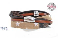 Armband gewickelt aus Leder und Stoff kombiniert in braun mit Sternen & Magnetverschluss Wickelarmband für Frauen