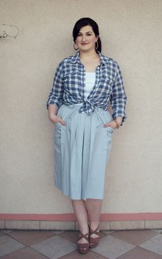 Pashteit: Utility I don't like plaid much, but I do like the skirt and the overall casual look.