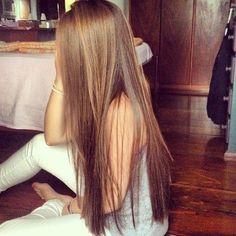 me encanta el pelo lacio pq con las colas altas se ve de que te enamoras