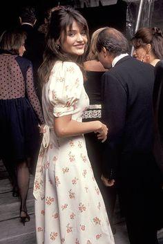 Helena Christensen, Patrick Demarchelier, Classic Fashion Trends, High Fashion, Women's Fashion, 90s Models, Runway Models, Gigi Hadid Style, Model Look