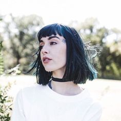 (Fc:Hannah Pixie Sykes) Hi I'm Valentine. Um I'm pretty reserved I guess... I don't talk much and I don't go out much either. I'm a fallen Angel... Don't ask.