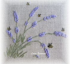 Wonderful Ribbon Embroidery Flowers by Hand Ideas. Enchanting Ribbon Embroidery Flowers by Hand Ideas. Embroidery Stitches Tutorial, Embroidery Flowers Pattern, Embroidery Patterns Free, Japanese Embroidery, Learn Embroidery, Silk Ribbon Embroidery, Embroidery Hoop Art, Hand Embroidery Designs, Vintage Embroidery