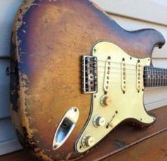 #fender #starocaster #guitars @guitology
