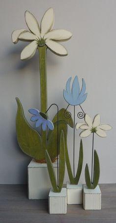 *Bestellartikel*kleine Sockelblumen , 3Stck.