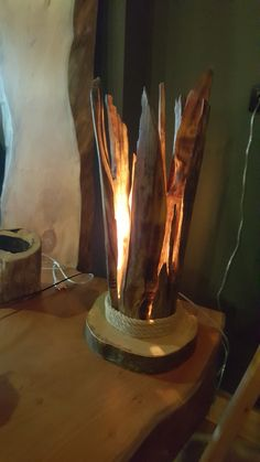 A bedroom lamp is an important part of the decor and is needed to help you see at night. Driftwood Furniture, Driftwood Lamp, Driftwood Crafts, Bamboo Light, Handmade Lamps, Wooden Lamp, Wood Creations, Unique Lamps, Christmas Wood