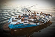 Super Air Nautique G23 = future toy for Zach and I :) I'm not too sure about the new style fronts though...