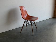 @Lyenna Kobayashi Add an orange chair to your set for a pop of colour? ;-)