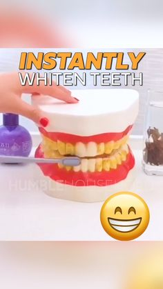 Intensive Pro Whitening is a revolution in teeth cleaning and whitening. Using natural complex blends of herbs and baking soda, Intensive Pro is able to effectively polish and absorb stains on your teeth in seconds. Sounds too good to be true right? Beauty Secrets, Beauty Hacks, Diy Beauty Treatments, Teeth Health, Teeth Care, White Teeth, Useful Life Hacks, Teeth Cleaning, Teeth Whitening