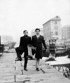 E la vita, la vita, e la vita l'è bela. Basta avere l'umbrela! Black White Photos, Black And White, Milan, Nostalgia, Carpe Diem, Vintage Photography, The Dreamers, Cinema, The Past
