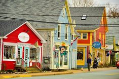 Top 16 Things to do in Lunenburg and around Lunenburg Stuff To Do, Things To Do, Random Things, Lunenburg Nova Scotia, East Coast Road Trip, O Canada, Cape Breton, The Province, Small Towns