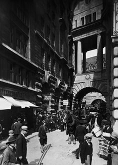 Air Street, a side street of Piccadilly, ca.1920-30. Photo by George Davison Reid