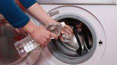 Ajouter du vinaigre blanc quand on lave son linge peut sembler un peu étrange.Pourtant, c'est une astuce géniale qui donne de super résultats au quotidien.Vous saviez s&