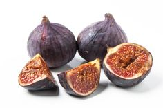 Homemade Fig Jam Recipe: how to make fig jam with a simple recipe, just like Italians use to make it. Click for the Homemade Fig Jam Recipe.