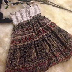 Summer strapless dress Forever21 Tube dress. Size M. Off-white elastic band. Floral pattern. Black cotton lining. Forever 21 Dresses Strapless