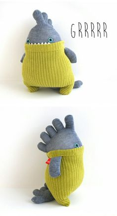 I have a ton of toe socks just aching to become monsters! - I have a ton of toe socks just aching to become monsters! - Annie Art Nähen I have a ton of toe socks just achin Sock Crafts, Fabric Crafts, Kids Crafts, Sewing Toys, Sewing Crafts, Sewing Projects, Knitting Projects, Monster Dolls, Knitting Patterns