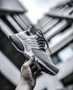 U L T R A F L Y K N I T  Get your pair now @streetfiles  #streetfiles #allupinitt #ultraflyknit #sadp #sneakersaddict #hypebeast #hypefeet #hbouthere #basementapproved #presto #nikepresto #kicksonfire #nicekicks #nikesportswear #prestology #klekttakeover #hsdailyfeature #hypefeet by needlehorse