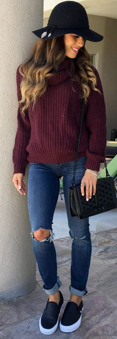 #winter #outfits  brown braided sweater. Pic by @samanthabelbel.