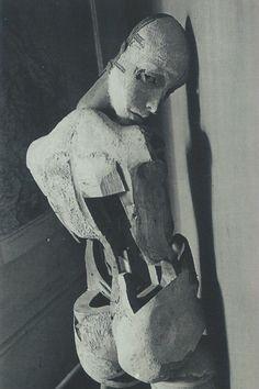 Grigiabot — The Doll - Hans Bellmer Arte Horror, Horror Art, Mannequin Art, Macabre Art, Creepy Vintage, Creepy Art, Dark Photography, Surreal Art, Art Inspo