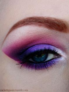 pink and purple eye shadow for blue eyes