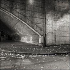 Twickenham Bridge.  © Paul Salmon.