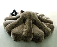Octopus Couch | DudeIWantThat.com