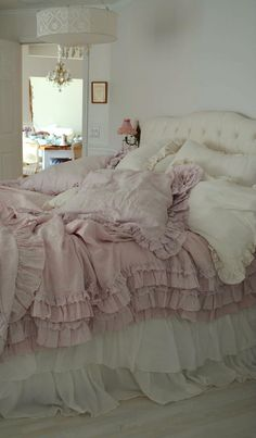 Bedroom bedding Whitewashed Shabby chic French country rustic Swedish decor idea