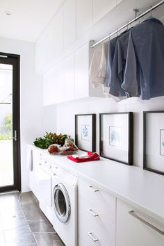 "Located next to the kitchen, this Adelaide laundry, designed by [Max Pritchard Architect](http://www.maxpritchardarchitect.com.au/?utm_campaign=supplier/|target=""_blank""), features Pietra Grey marble floor from [Affordable Tiles](https://affordabletiles.com.au/?utm_campaign=supplier/