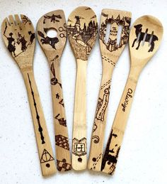 Harry Potter-etched wooden spoons? Amazing! Must make a note of this as a Christmas present idea for mom.