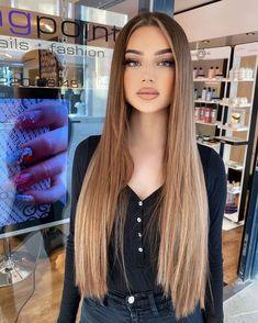 Brown Hair Balayage, Brown Blonde Hair, Brunette Hair, Hair Highlights, Blonde Hair Looks, Hair Color Auburn, Light Hair, Gorgeous Hair, Hair Trends