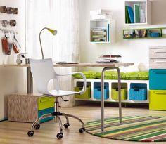 ideen fürs jugendzimmer junge arbeitsecke türkisblau grasgrün holzmöbel