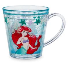 The Little Mermaid fans will love this Ariel water fill cup, super-fun with floating coloured starfish. This vibrant cup will be a favourite at meal time!