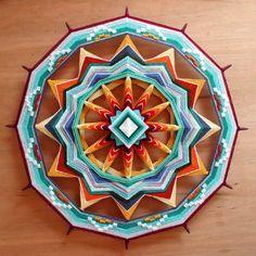 Red Rock Sun, a custom order 24 inch Ojo de Dios mandala Eye Mandala, Mandala Art, Mandalas Painting, Mandalas Drawing, Weaving Projects, Craft Projects, God's Eye Craft, Yarn Crafts, Paper Crafts