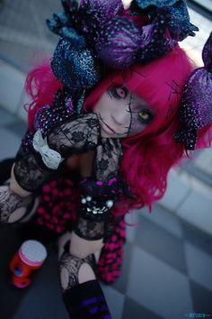 "Amazing ""dead doll"" Lolita look for Halloween!"