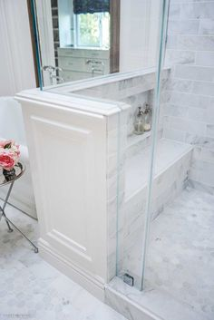 Clever Ideas to Maximize Bathroom Storage Shower pony wall with carrara marble bench and niche in French elegant bathroom - Marble Bathroom Dreams Bad Inspiration, Bathroom Inspiration, Pony Wall, Master Bath Remodel, Remodel Bathroom, Tub Remodel, Bathroom Interior Design, Bathroom Designs, Shower Tile Designs