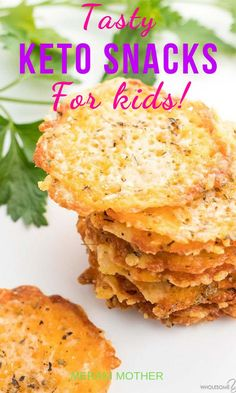 14 tasty keto snack recipes for kids! Find sweet and savory keto snacks that are perfect for school or on the go that kids will love just as much as you. Ketogenic Salads, Ketogenic Recipes, Diet Recipes, Snack Recipes, Healthy Recipes, Ketogenic Diet, Breakfast Recipes, Party Recipes, Cookie Recipes