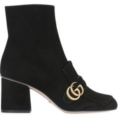 Gucci Women 75mm Peyton Embellished Leather Boots (27.365 ARS) ❤ liked on Polyvore featuring shoes, boots, gucci, black, black shoes, leather sole shoes, genuine leather boots, zipper boots and black studded boots