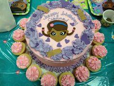 Doc McStuffins kids cake