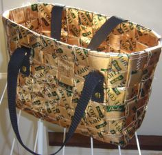 PUNOTUT KAHVIKASSIT | baskets woven from coffee bags (in Finnish, with clear pictures)