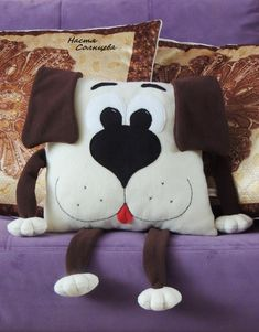 55 super ideas for sewing pillows animals fabrics - Kids Pillows - Idea. 55 super ideas for sewing pillows animals fabrics – Kids Pillows – Ideas of Kids Pillo Sewing Toys, Sewing Crafts, Sewing Projects, Fabric Animals, Felt Animals, Diy Toy Box, Animal Cushions, Sewing Pillows, How To Make Pillows