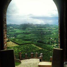 Buongiorno dal meraviglioso Castello di Grinzane Cavour...per scoprire gli ingredienti del #Piemonte e rivivere il tour cosmetico in questa meravigliosa terra...http://www.dea-terra.com/piemonte/