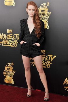 Riverdale& Madelaine Petsch Shares Her Vegan Diet: What She Eats in a Day Cheryl Blossom Riverdale, Riverdale Cheryl, Riverdale Cast, Madelaine Petsch, Celebrity Bodies, Celebrity Style, Ginger Girls, Mode Chic, Young Models