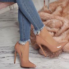Beautiful shoes with heels for women trend 2018 - High Heels - Zapatos Fancy Shoes, Pretty Shoes, Beautiful Shoes, Cute Shoes, Me Too Shoes, Pumps Heels, Stiletto Heels, Nude Heels, Beige High Heels