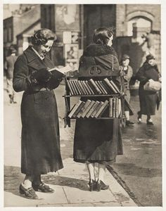 The Walking Library, London, ca. via vintage everyday: The Walking Library, London, ca. Maybe we should revisit this idea. Reading books and making them easily accessible - grin.