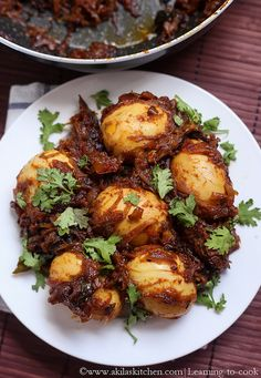 This masala egg roast goes very well with breakfast or tiffin items such as appam, idiyappam, idly, chappathi. It also goes well with rice too. Roast Recipes, Chicken Recipes, Cooking Recipes, Snacks Recipes, Bread Recipes, Recipies, Spicy Dishes, Veg Dishes, Egg Chilli Recipe