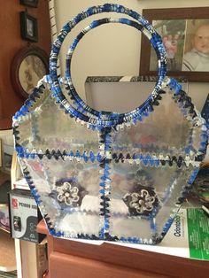 Water Bottle Crafts, Plastic Bottle Crafts, Recycle Plastic Bottles, Diy Arts And Crafts, Cute Crafts, Yarn Crafts, Recycled Bottles, Recycled Crafts, Animal Bag