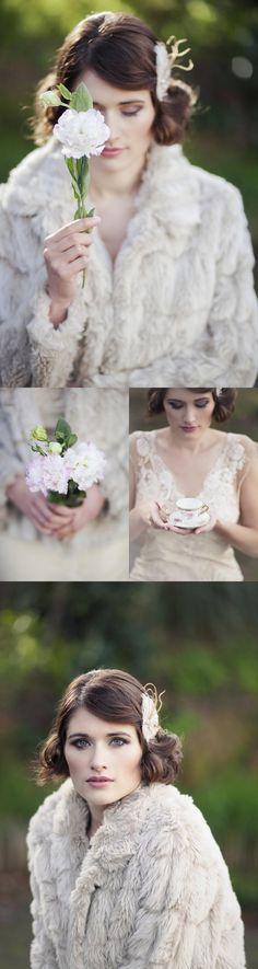 #gatsby #styledshoot #wedding #weddinginspiration #weddingideas #gold #black #vintage