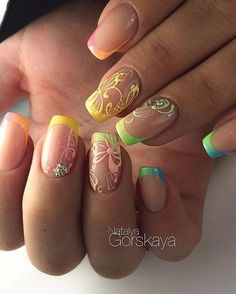 In wardrobes, laces create that nice textured feeling. For us consumers, the creation of laces is a sophistication which we do not want to look into May Nails, Love Nails, Pink Nails, Pretty Nails, Beautiful Nail Designs, Cool Nail Designs, French Nails, Lace Nail Design, Summer Nails 2018